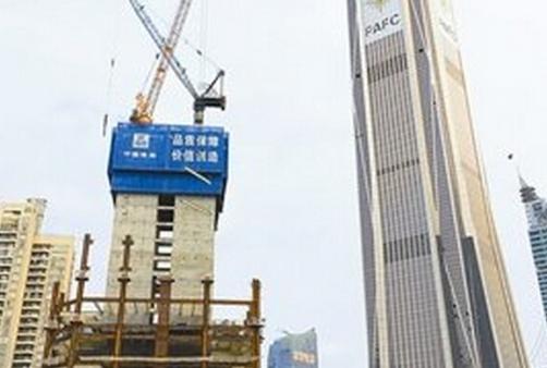 """深圳第一高楼""""姐妹楼""""平安金融中心南塔破百米"""